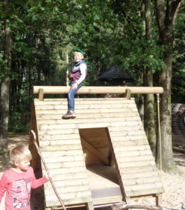 Klassenstufe 3: Besuch im Waldmuseum in Burg